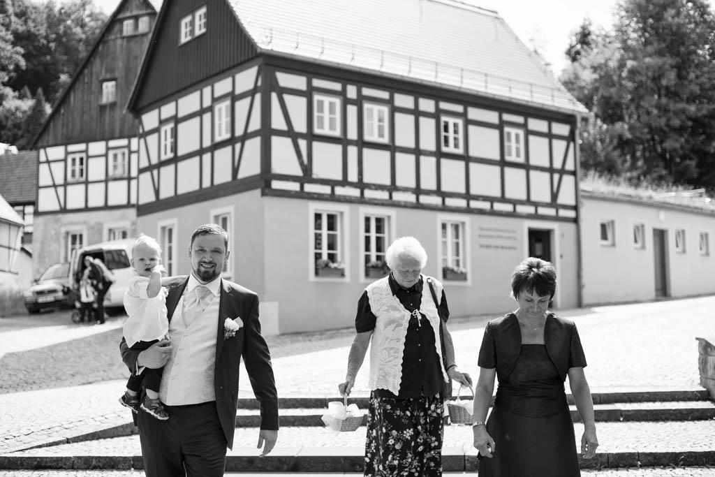 Sabine & Alexander_Standesamtliche Trauung_Hohnstein_4