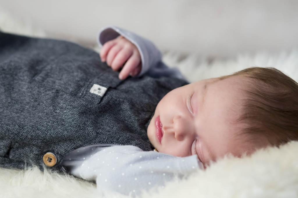 Babyfotoshooting_Fotostudio_Isabel Doil_Neustadt in Sachsen_5