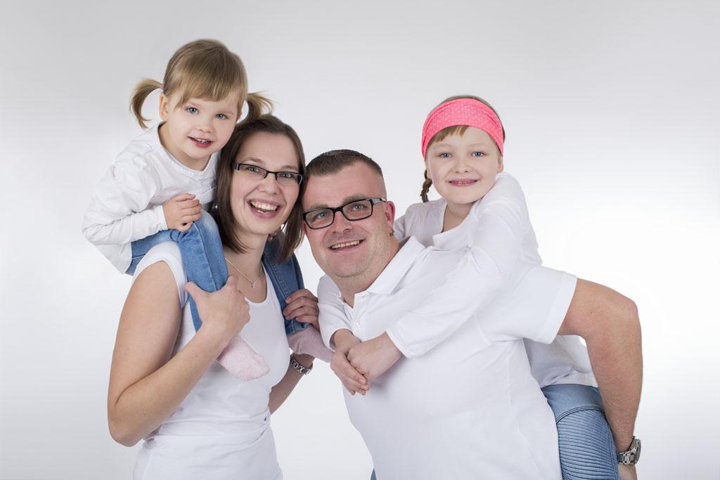Familienfotoshooting_Fotostudio_Isabel Doil_Neustadt in Sachsen_6