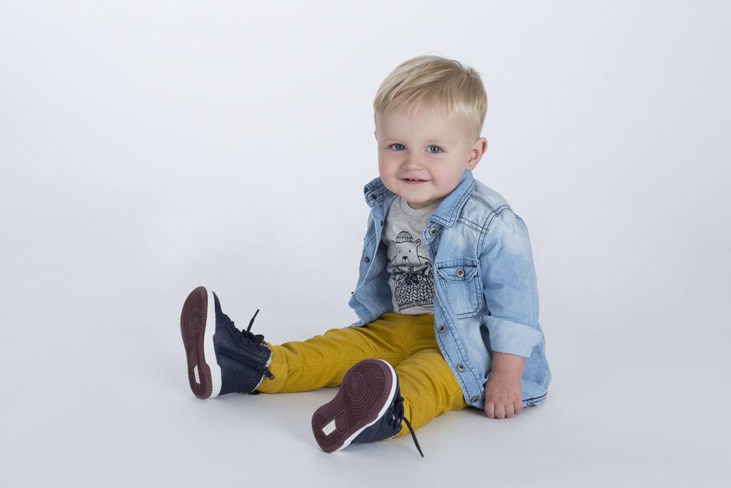 Kinderfotoshooting_mit_Willi_Fotostudio Neustadt in Sachsen_Isabel Doil_7
